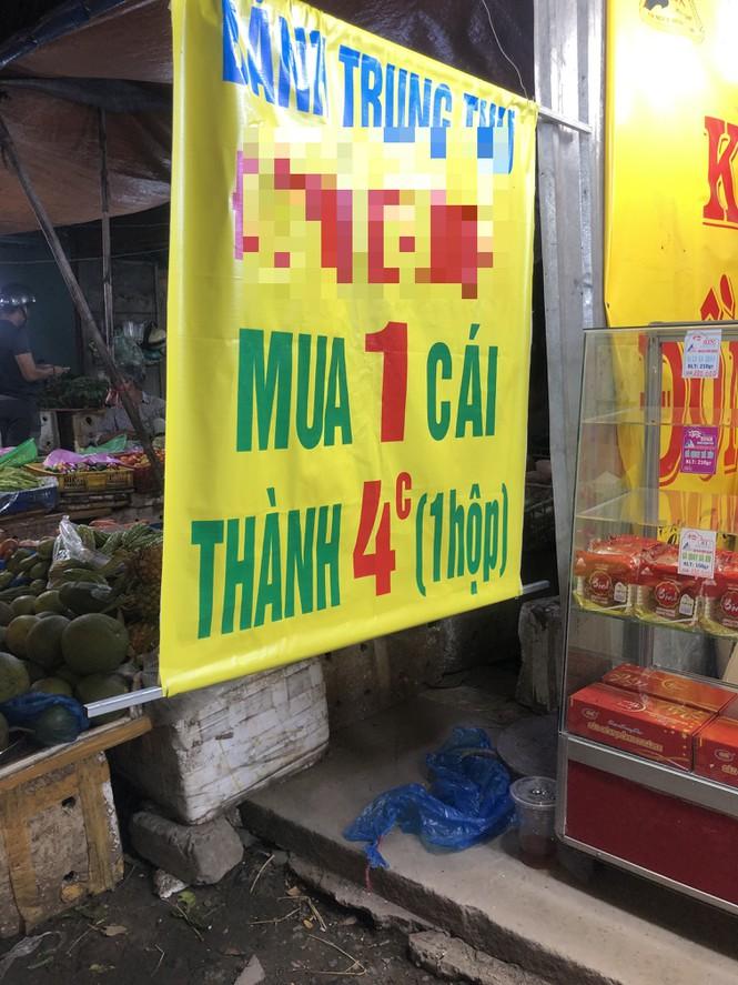 Chiêu trò bán bánh trung thu 'đại hạ giá' ở Sài Gòn - ảnh 2