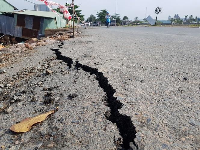 Đường sá Phú Quốc bị tàn phá nghiêm trọng sau trận lụt lịch sử - ảnh 7