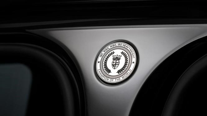 """Nhà vô địch quyền anh Anthony Joshua sở hữu phiên bản """"độc nhất vô nhị""""Range Rover SVAutobiography - ảnh 4"""