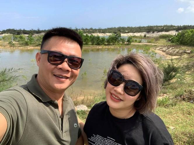 Nhan sắc bà xã kín tiếng của BTV Quang Minh - ảnh 3