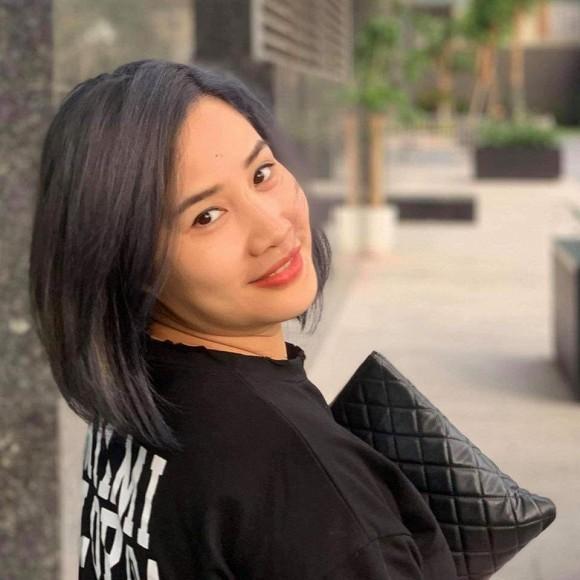 Nhan sắc bà xã kín tiếng của BTV Quang Minh - ảnh 6
