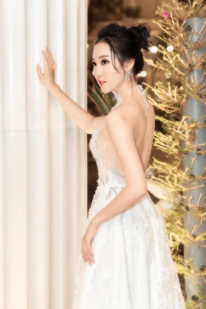 Cô gái có vẻ ngoài giống Lưu Diệc Phi xin rút khỏi cuộc thi Hoa hậu Việt Nam 2020 - ảnh 12