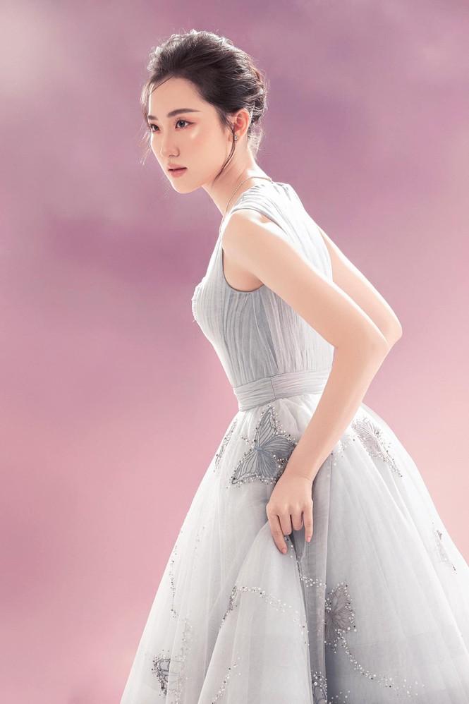 Cô gái có vẻ ngoài giống Lưu Diệc Phi xin rút khỏi cuộc thi Hoa hậu Việt Nam 2020 - ảnh 4