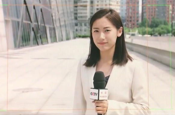 Cặp chị em sinh đôi tốt nghiệp Harvard làm MC truyền hình - ảnh 11