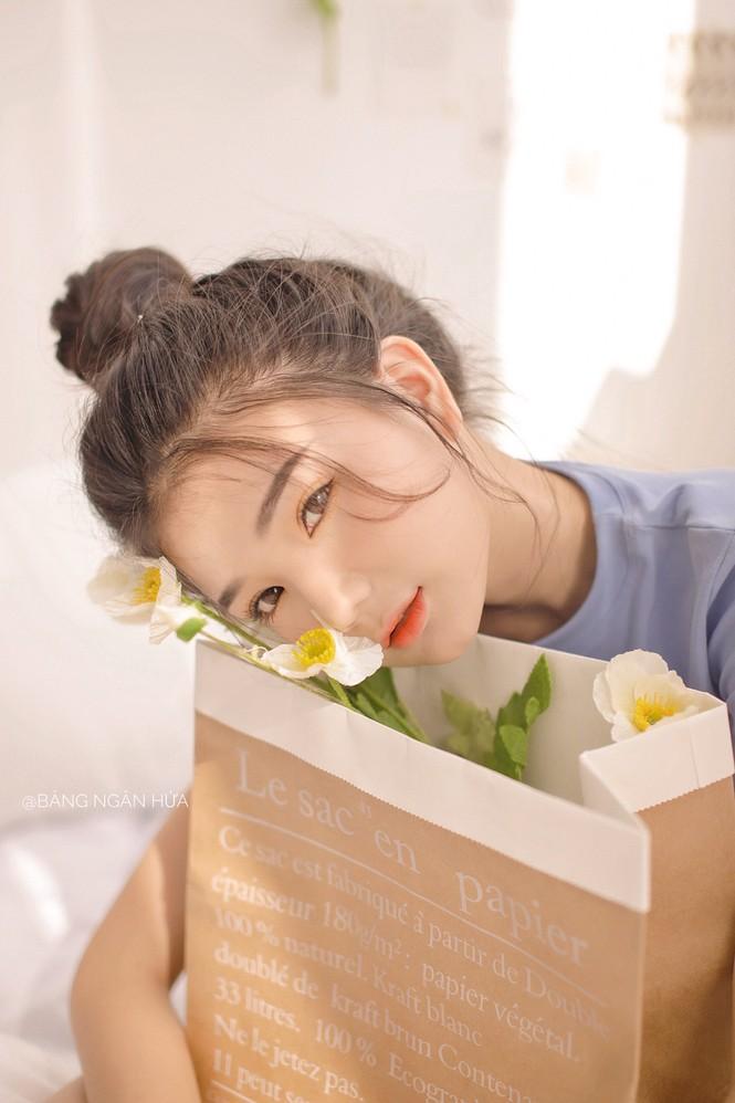"""Nữ sinh 10X Bình Dương sở hữu nhan sắc ngọt ngào tựa """"búp bê lai"""" - ảnh 2"""