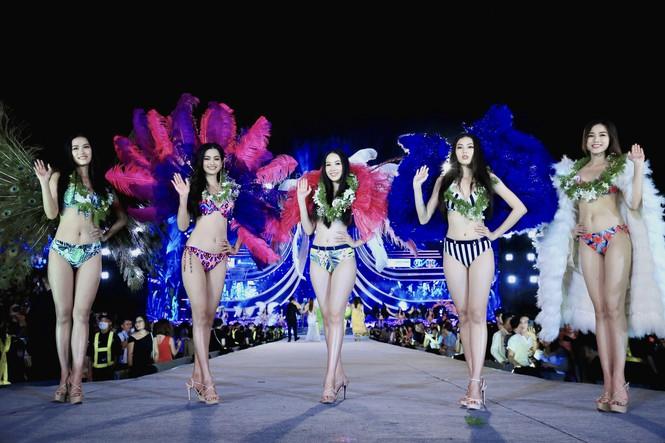5 cô gái mặc bikini đẹp nhất HHVN 2020 chia sẻ bí quyết giữ dáng và hậu trường catwalk - ảnh 1
