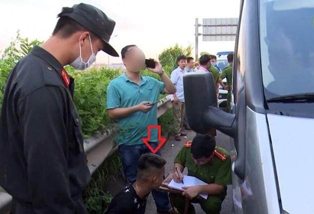 Xe tông cảnh sát cơ động hi sinh ở Bắc Giang chở 1,6 tấn linh kiện điện tử - ảnh 1