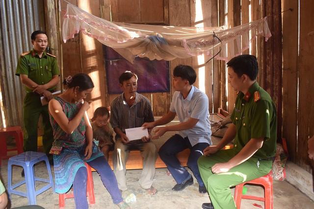 Công an Lào Cai thông tin về vụ sập cổng trường khiến 6 học sinh thường vong - ảnh 1