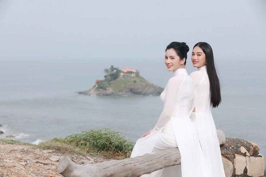 Thí sinh HHVN 2020 đẹp tinh khôi với áo dài trắng, 'check-in' thắng cảnh đẹp ở Vũng Tàu - ảnh 5