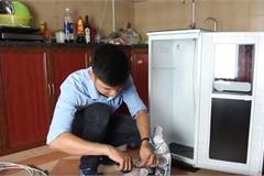 """3 sai lầm khiến máy lọc nước """"phản tác dụng"""", càng lọc càng bẩn"""