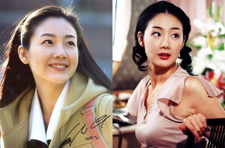 Choi Ji Woo giau co, vien man ben chong va con gai moi sinh-Hinh-4