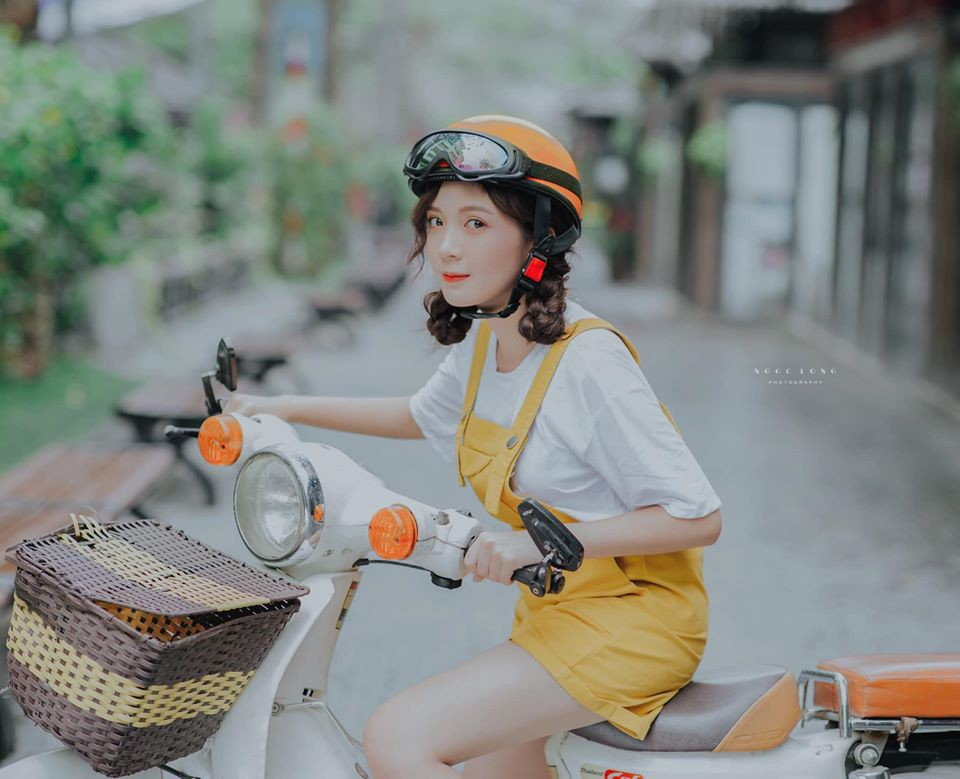 "Hot girl Ha thanh trong ""Nhung ngay khong quen"" an mac nu tinh-Hinh-2"