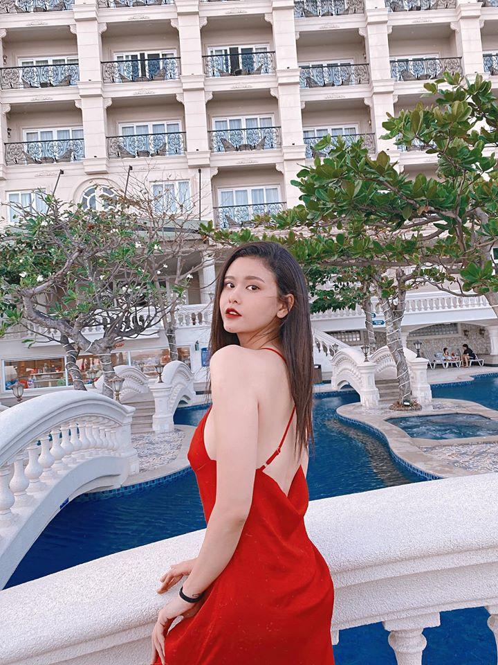 Khong ngo Truong Quynh Anh ngay cang an mac sexy vo cung-Hinh-9