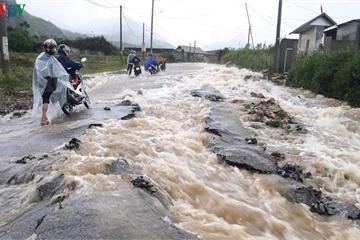 Mưa lớn tại Lai Châu gây sạt lở nhiều tuyến giao thông