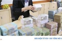 Hàng loạt ngân hàng giảm lãi suất huy động tiết kiệm