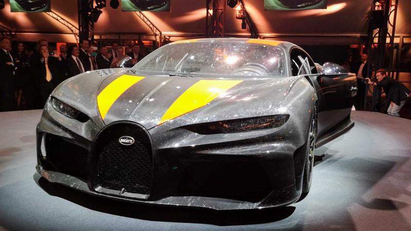 bugatti mang chiron super sport 300+ bui ban, con trung di trien lam hinh 5