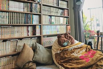 Chàng trai đầu tư 300 triệu decor nhà đi thuê, sở hữu 3000 cuốn sách truyện và vô số đồ đạc