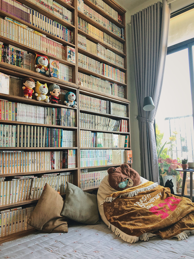 Chàng trai đầu tư 300 triệu decor nhà đi thuê, sở hữu 3000 cuốn sách truyện và vô số đồ đạc nhưng vẫn gọn gàng hết nấc - 1