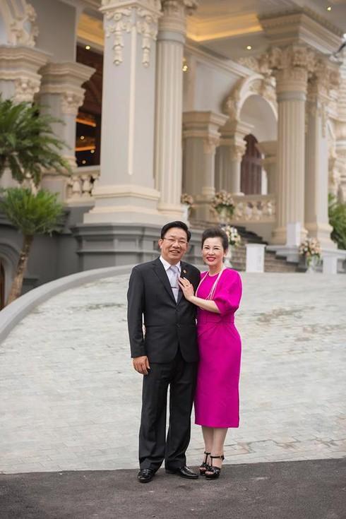 Chân dung 'ông trùm sân golf' ở Bắc Giang sở hữu lâu đài lộng lẫy độc nhất vô nhị - 1