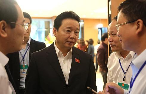 """Bộ trưởng Trần Hồng Hà """"đảm bảo hoàn toàn"""" môi trường biển vụ Formosa - ảnh 1"""