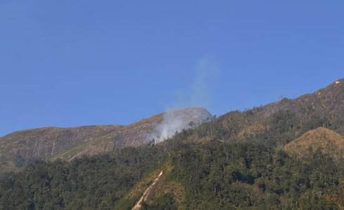 Hình ảnh vụ cháy rừng ở huyện Sa Pa (Lào Cai) - ảnh 10