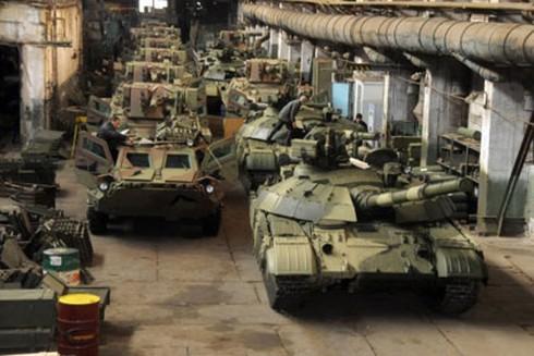 Tiêu chuẩn NATO giết chết công nghiệp quốc phòng Ukraine - ảnh 1