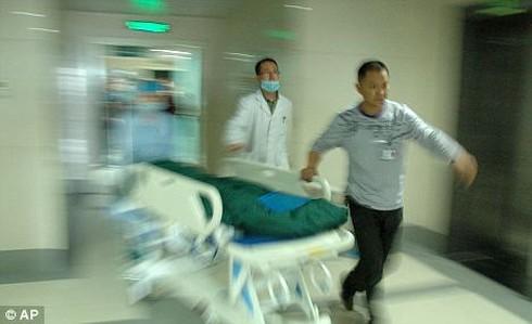 Tin thế giới 18h30: Nhân viên y tế tâm thần gây thảm sát ở Trung Quốc - ảnh 7