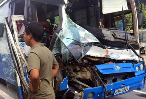 Chi tiết vụ tài xế xe tải liều mình cứu xe khách mất phanh khi đổ đèo - ảnh 2
