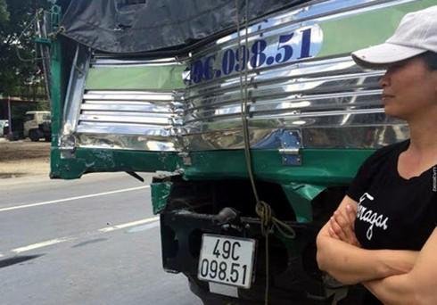 Chi tiết vụ tài xế xe tải liều mình cứu xe khách mất phanh khi đổ đèo - ảnh 1
