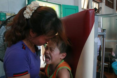 Khoảnh khắc xúc động nhìn trẻ em khuyết tật vui Tết thiếu nhi - ảnh 5