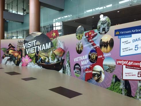 Giật mình vì biển quảng bá du lịch Việt Nam tại Myanmar sai và ngô nghê - ảnh 1
