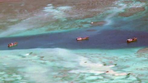 Tại sao nói Trung Quốc phạm tội ác với nhân loại khi phá san hô ở Biển Đông? - ảnh 1