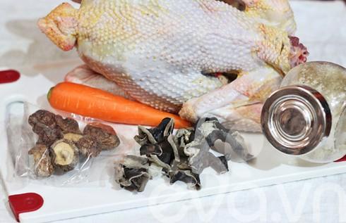 Cách nấu đông gà thơm mát cho bữa cơm ngày Tết - ảnh 1