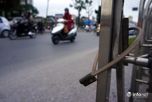 Vì sao tắc nghẽn thành chuyện thường trên đường Nguyễn Trãi? - ảnh 5