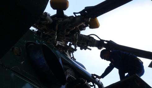 Hình ảnh xe thiết giáp, pháo binh, không quân Lào - ảnh 10