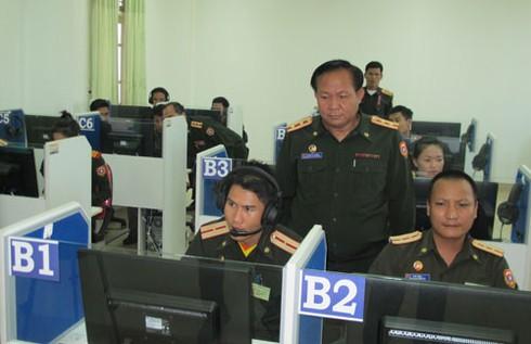 Hình ảnh xe thiết giáp, pháo binh, không quân Lào - ảnh 15