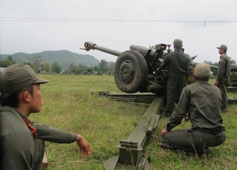 Hình ảnh xe thiết giáp, pháo binh, không quân Lào - ảnh 2
