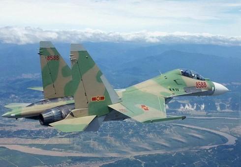 Su-30MK2 Việt Nam không chiến trên cơ J-15 TQ - ảnh 5