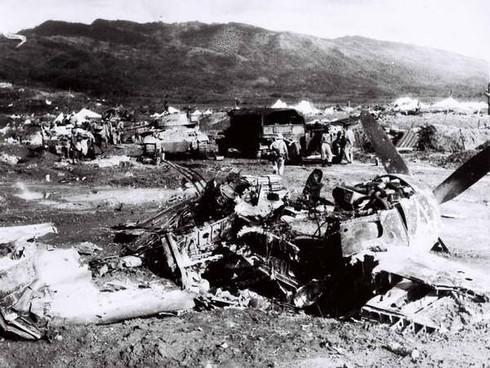 Bị vây đường không, quân Pháp hết đường tiếp viện Điện Biên Phủ - ảnh 3