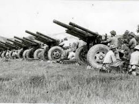 Bị vây đường không, quân Pháp hết đường tiếp viện Điện Biên Phủ - ảnh 5