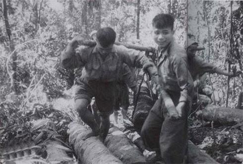 Bị vây đường không, quân Pháp hết đường tiếp viện Điện Biên Phủ - ảnh 4