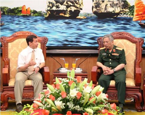Đại biểu Bộ Quốc phòng Canada ủng hộ Việt Nam bảo vệ chủ quyền - ảnh 3