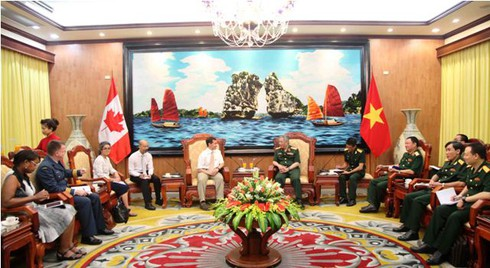 Đại biểu Bộ Quốc phòng Canada ủng hộ Việt Nam bảo vệ chủ quyền - ảnh 4
