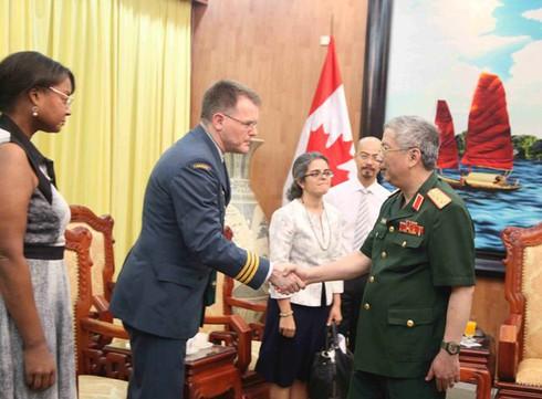 Đại biểu Bộ Quốc phòng Canada ủng hộ Việt Nam bảo vệ chủ quyền - ảnh 5
