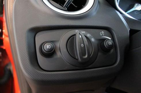 Đánh giá chi tiết Ford Fiesta 2014 - ảnh 37