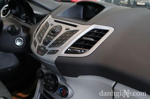 Đánh giá chi tiết Ford Fiesta 2014 - ảnh 30