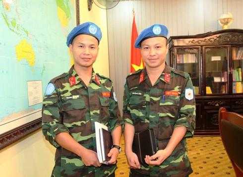 Thêm 2 sĩ quan Việt Nam tham gia lực lượng Gìn giữ hoà bình LHQ - ảnh 1