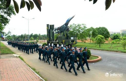 Học viên Học viện Phòng không - Không quân VN được đào tạo thế nào? - ảnh 1