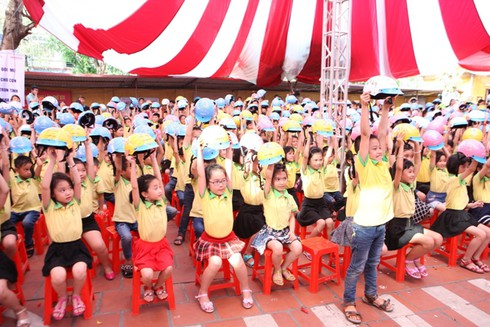 Honda Việt Nam sẽ tặng 20.000 mũ bảo hiểm cho thanh thiếu niên - ảnh 2