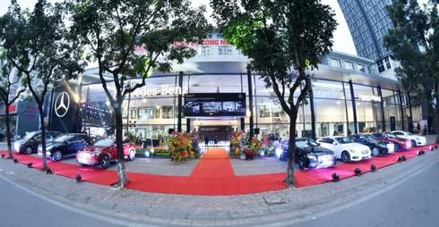 Mercedes-Benz Việt Nam đầu tư 4 triệu USD nâng tầm Haxaco Láng Hạ - ảnh 1